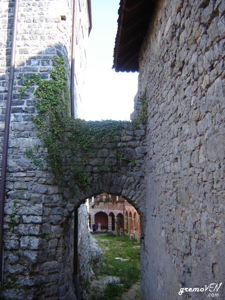 Grad Mirna, obnova